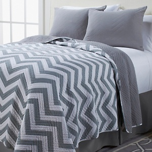 26 best Grey and White Chevron Theme images on Pinterest | Bench ... : grey and white chevron quilt - Adamdwight.com