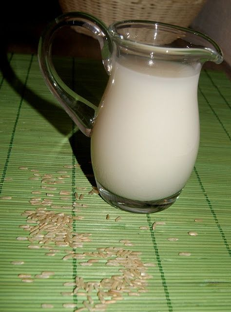 Domowe mleko ryżowe  link w tekście do innych przepisów na mleko roślinne