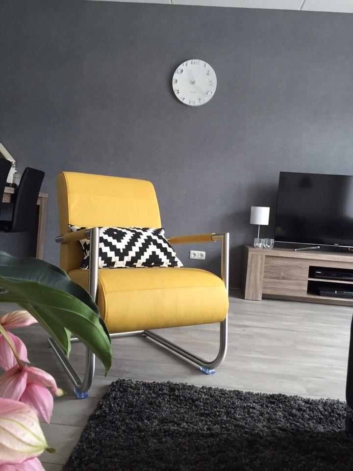 New yellow fauteuil  livingroom