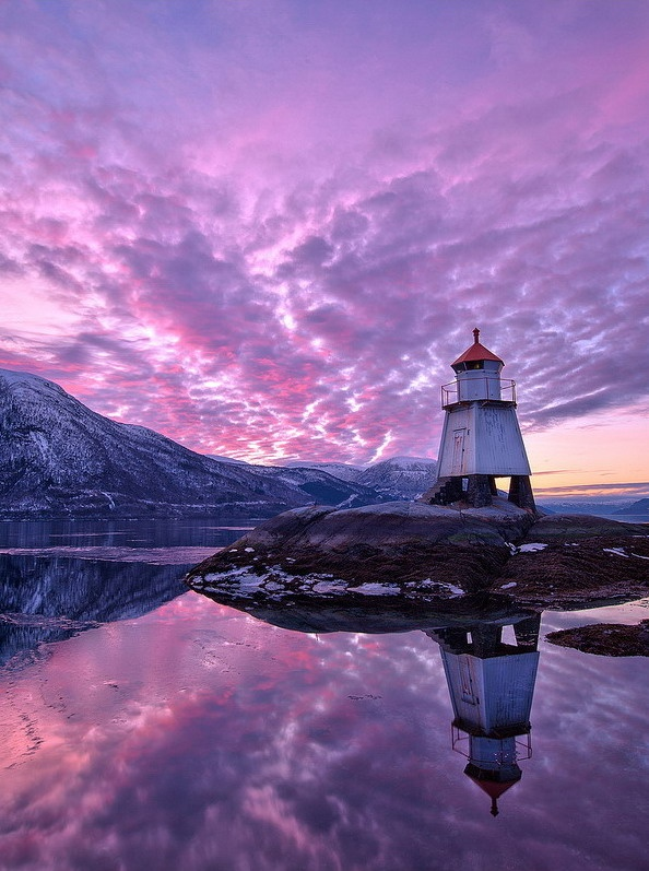 Purple | Lighthouse with sky sunset reflection in water