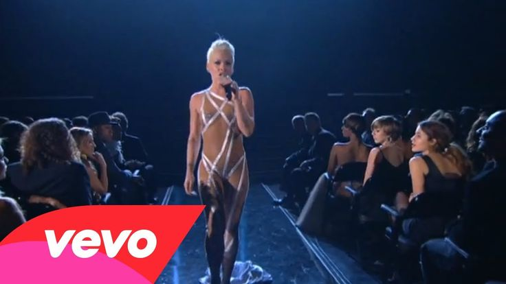 P!nk - Glitter In The Air (GRAMMYs on CBS) beautiful performance unique and a life time experience :)
