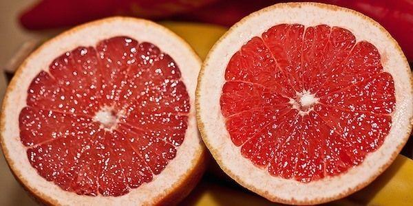 Saviez-vous que le pamplemousse rouge est bon pour la santé et renforce votre système immunitaire ?