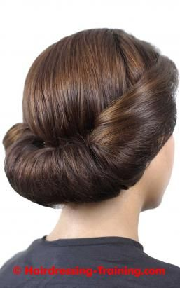 Horizontal Roll Tutorial Vintage Hairstyles Roll