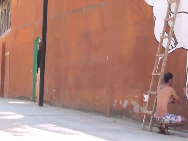 Un recuerdo visual de mi paso por Zipolite, costa pacifica de Oaxaca, Mexico. Arte inmediato. Acrilico sobre Adobe. Con musica de Kayaka.