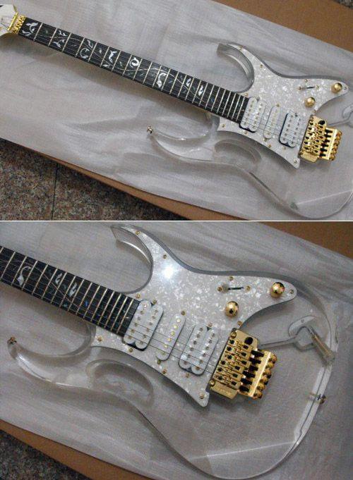 Verre (see more on http://www.tranchesdunet.com/des-guitares-originales/ )