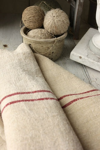 Gorgeous French red striped grainsack fabric from Europe ~ lovely homespun hemp material ~ ideal for vintage upholstery projects ~ 2 tones!! www.textiletrunk.com