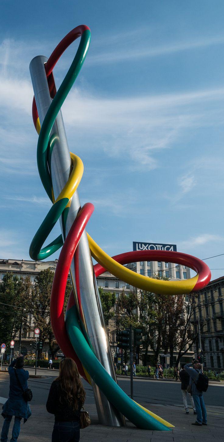 Nadel und Faden -Modestadt Mailand-