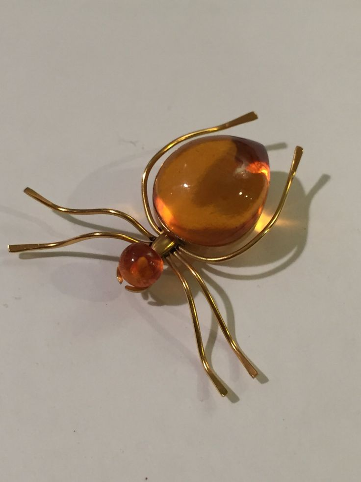 Exquisite Soviet USSR Baltic Amber Spider Brooch Pin 1950's Jelly Belly