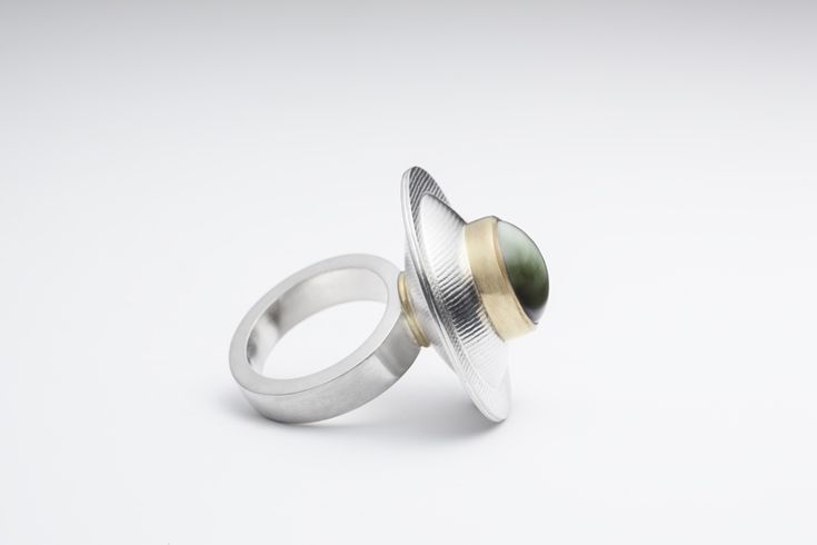 France Roy | Full Moon | Ring. Sterling silver, 18k gold, cat's eye tourmaline.