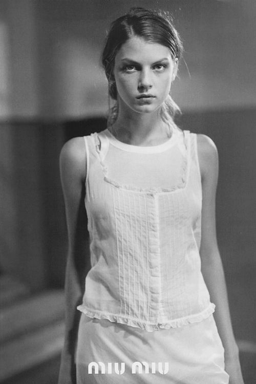 pivoslyakova: Angela Lindvall by Glen Luchford | Miu Miu S/S 1997