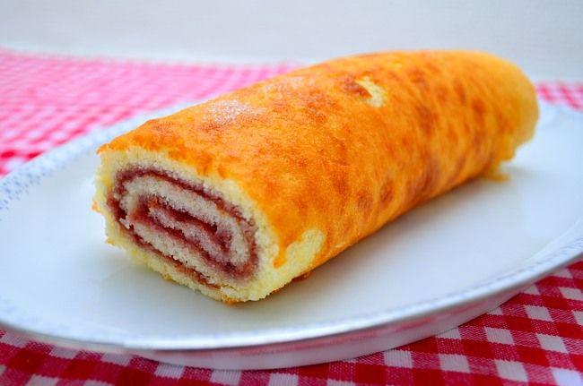Rulltårta från Matskafferiet http://www.matskafferiet.se/rulltarta/