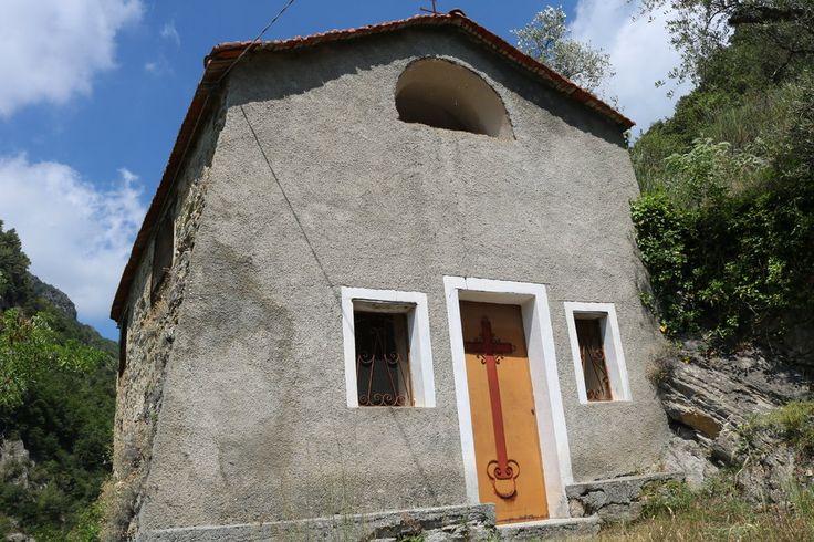 Rocchetta Nervina (IM) - Cappella di San Bernardo