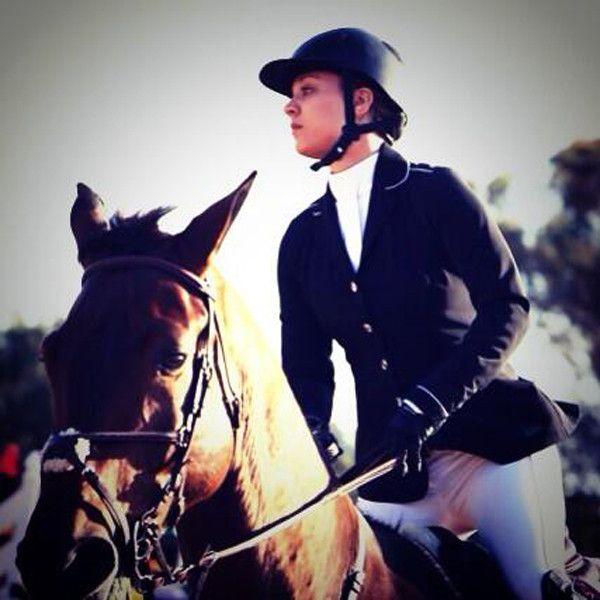 Kaley Cuoco, Thor, horse, jumping Santa Barbara, CA Twitter