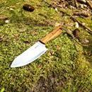 Ručně vyrobený outdoorový nůž, více info v textu: Nabízím ručně vyrobený nůž z nejkvalitnějších materiálů, včetně kydex pouzdra. Je to ruční výroba, žádná sériovka! Nůž je vyroben z jednoho kusu oceli. Viz. foto. Popis nože číslo 8. Ocel čepele: N690 je korozivzdorná ocel vyrobená rakouskou firmou Bohler Materiál střenky: dřevo Bocote, nýty: mosaz Tvrdost: 60-61HRC Celková délka nože: 245mm Délka čepele: 110mm Šířka čepele: 40mm Tloušťka čepele: 3mm Kydex pouzdro: černé barvy (Kydex je velmi…