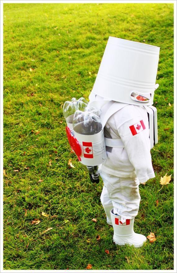 DIY Kids Astronaut Costume | Costumepedia.com