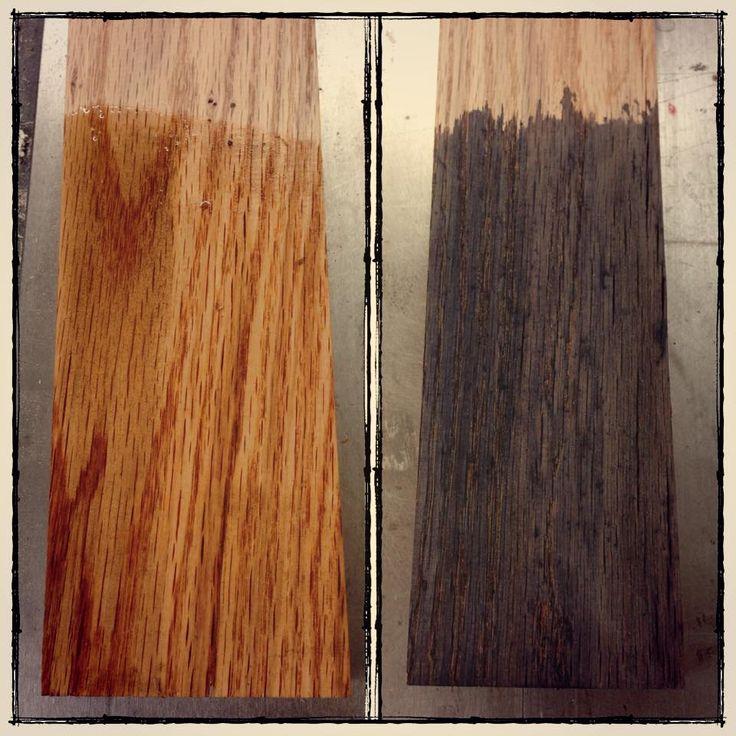 LE truc pour vieillir le bois, à partager ! Une laine d'acier dans un pot de vinaigre quelques jours. Badigeonnez le bois avec ce jus. A noter que les bois réagissent tous différemment. Ici, le chêne devient gris-noir bois de grange.