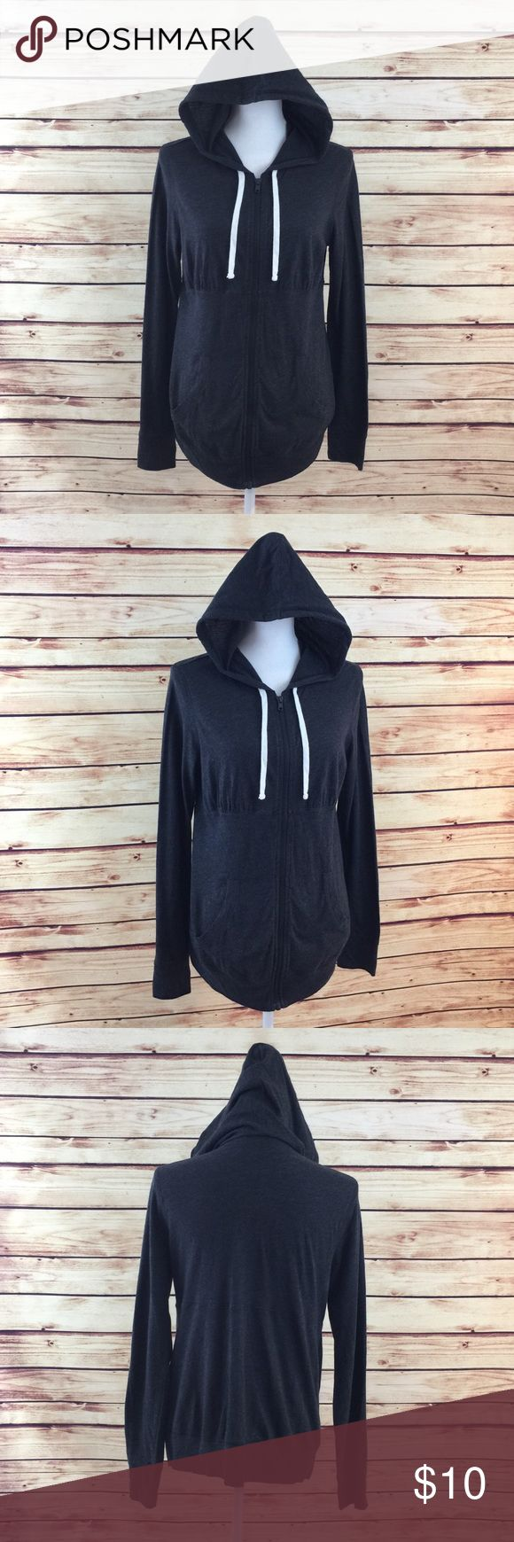 """Make Bundle Offer • Old Navy Maternity Gray Hoodie ▫️Brand: Old Navy Maternity ▫️Size: M ▫️Material: Cotton/Polyester ▫️Flaws: NONE  ▫️Description:  •Full zip front •Long sleeves •Drawstring hood •Empire waist •Tunic length ▫️Measurements Laying Flat: •Waist: 20"""" •Length: 26"""" •Shipping Weight: 9oz  ▪️NO Trade/Hold ▪️Next Day Shipping ▪️Smoke Free/Kitty Friendly Home Old Navy Maternity Tops Sweatshirts & Hoodies"""