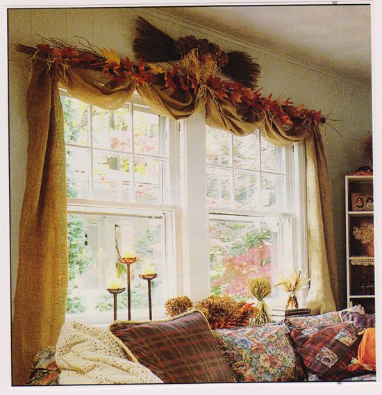 No Sew Burlap Drapes....this would go great with the rustic/Americana look that is so popular now!