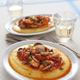 Polentina morbida con brodetto  Il brodetto  con polenta è una ricetta tipica della cucina croata dei mesi freddi