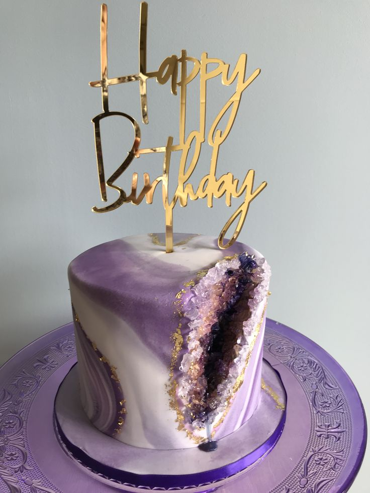 Purple Amethyst Geode Cake For Alice 2018 Cakes In 2019