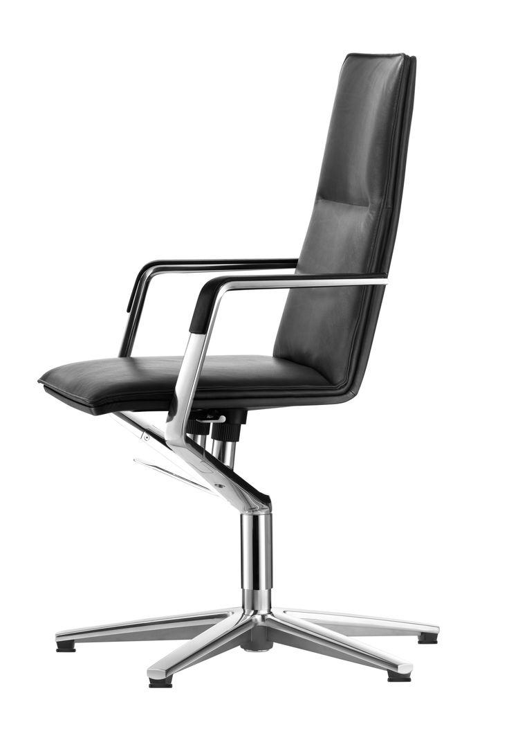 Design: Justus Kolberg A Distinctive Frame. A Chair