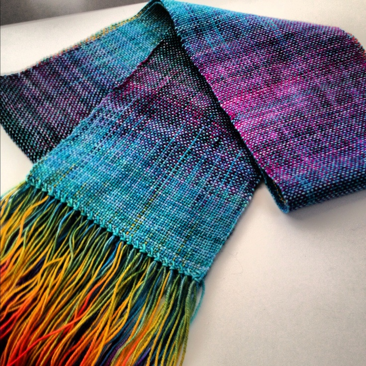 scarf (from Rag Dolls and Woolies on etsy ; chanapearl on pinterest)