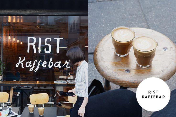 Rist Kaffebar  Adresse: Værnedamsvej 4B, 1619 Kopenhagen Öffnungzeiten: Mo-Fr von 7.30-18 Uhr, Sa von 9-18 Uhr, So von 9-17 Uhr