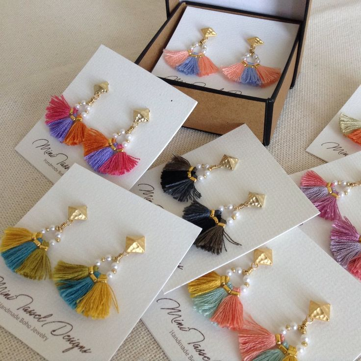 Love the colors! Gorgeous earrings!
