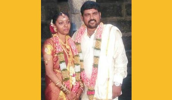 Actor Kali Venkat got married to a Chennai girl named Janani. Only the family members were spotted in the marriage. #StarMarriage #ChennaiUngalKaiyil.