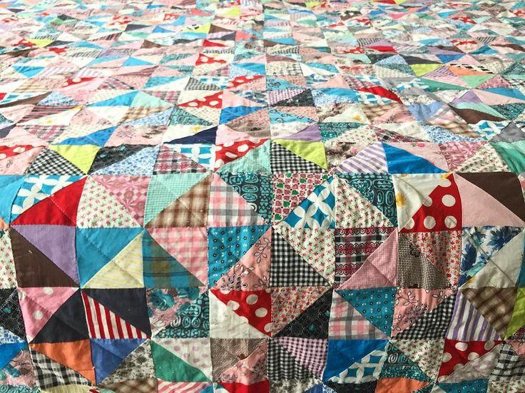 #igquiltfest #vintagequilttop #patchworkquilt #hstquilt