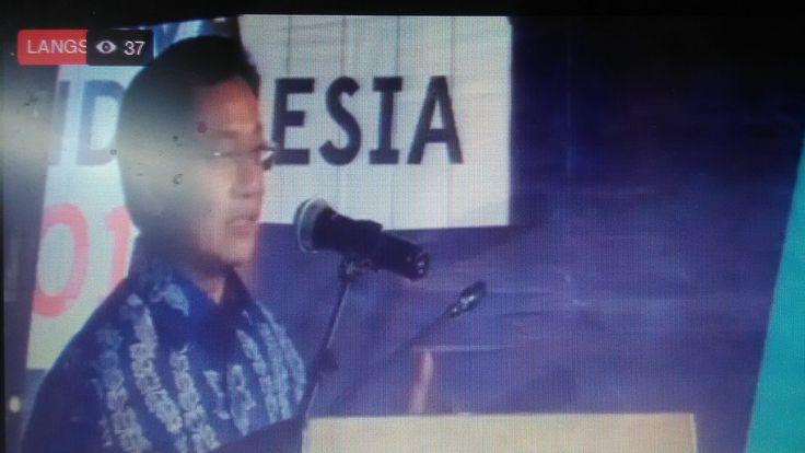 "MALANG, MENARA62.COM-- Dirjen Pendidikan Dasar dan Menengah Kemdikbud, Hamid Muhammad berharap, pelaksanaan Olimpiade Penelitian Siswa Indonesia (OPSI) tahun depan, dapat melibatkan lebih banyak lagi SMA yang terlibat.  ""OPSI ini sudah lama, dulu namanya LPIR, namun pesertanya masih terbatas antara 800-900 peserta. Namun sekarang sudah semakin banyak anak yang ikut dalam lomba ini."