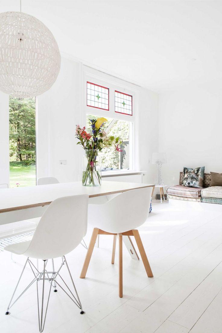 Witte kamer   white room   vtwonen 05-2017   Styling en fotografie Sonja Velda