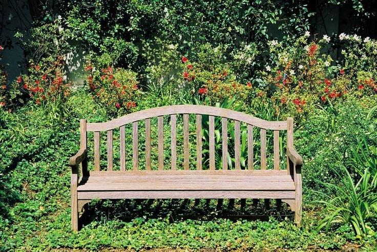 The Huguenot garden bench.. Beautiful!