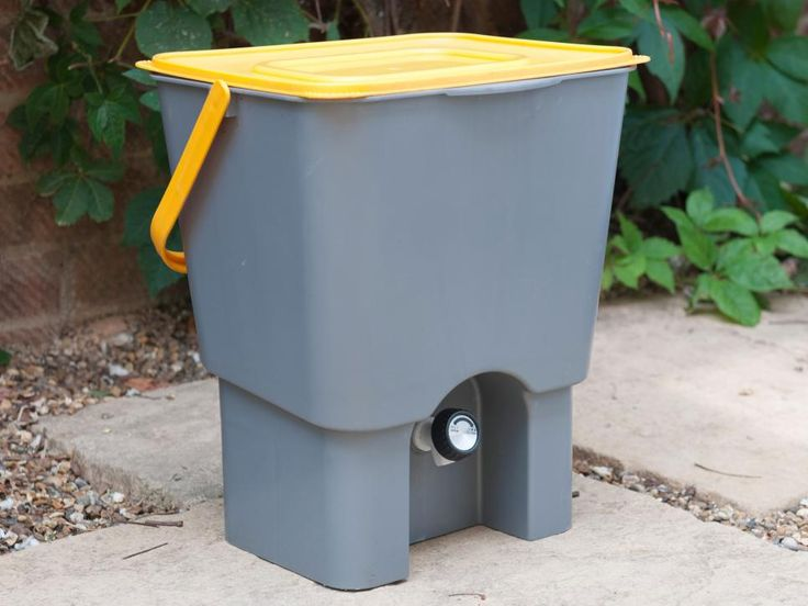 How to Compost Kitchen compost bin, Compost bin, Compost
