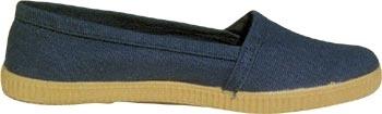 Zapatillas de camping de lona azul de Planas, zapatillas para primavera/verano. Ver detalles en: http://proteccionesplanas.wordpress.com/2012/03/12/zapatillas-camping-goma-lona-azul/