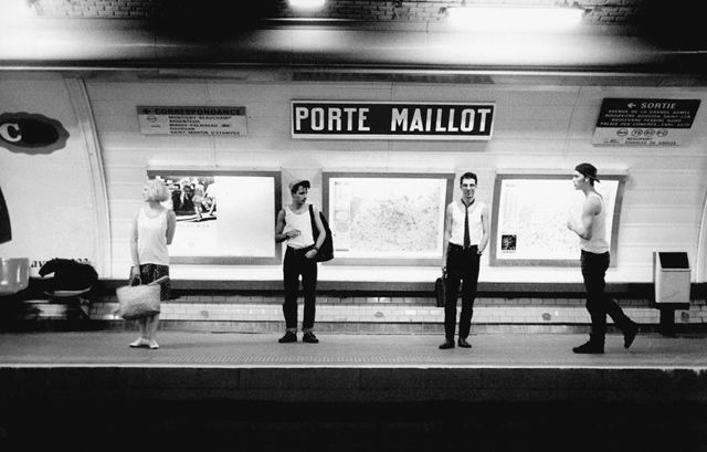 janol-apin-metro-porte-maillot Les noms des stations de Métro prises au pied de la lettre