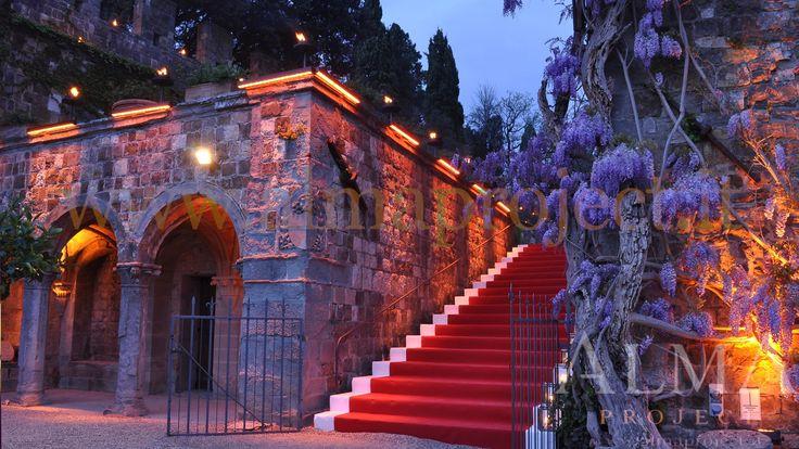 ALMA PROJECT @ Castello di Vincigliata - Stairs production - lighting amber - 150417 -