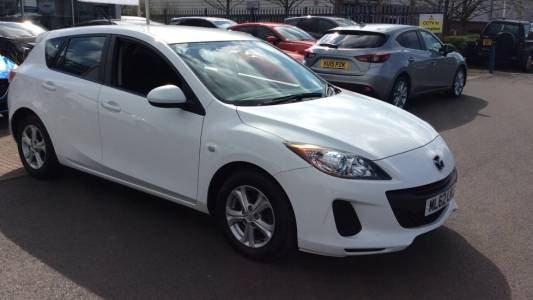 Used 2012 (62 reg) White Mazda 3 1.6d [115] TS 5dr for sale on RAC Cars