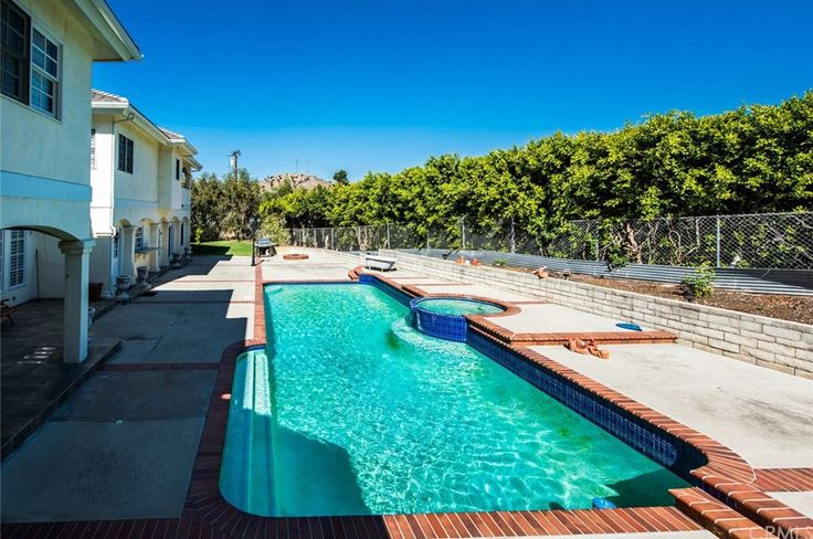 View 41 photos of this $2,550,000, 5 bed, 7.0 bath, 7200 sqft single family home located at 18615 Mesa Dr, Villa Park, CA 92861 built in 1989. MLS # OC18038661.