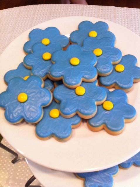 Forget-me-not cookies.