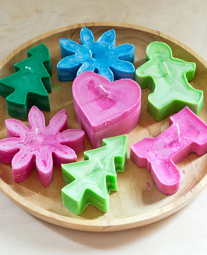 DIY: cookie cutter candles