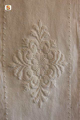 L'arte del ricamo e della tessitura