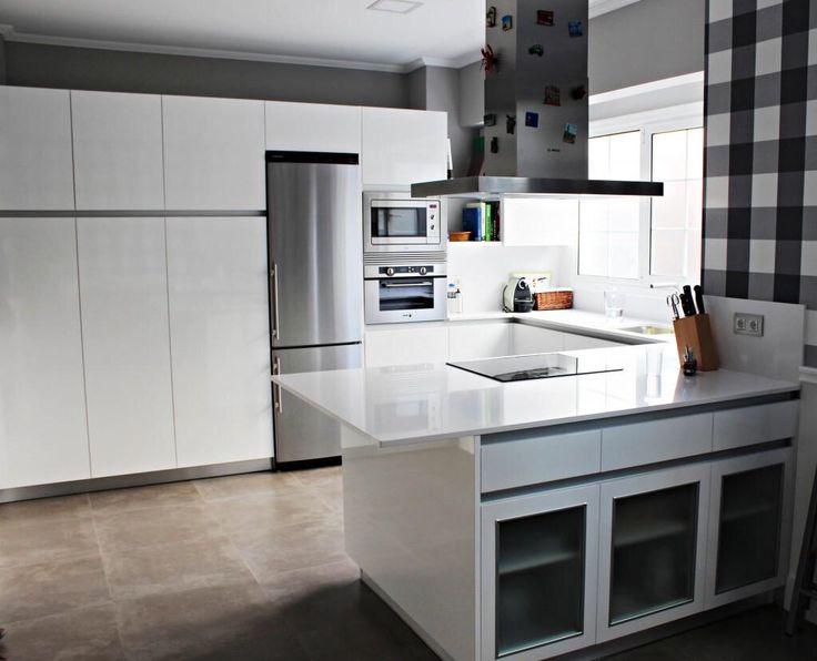 Cocinas de dise o en madrid al mejor precio cocina for Cocinas modernas blancas precios