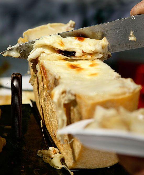 #Raclette cheese   snowzine.com