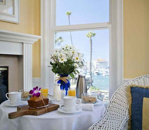 Snug Harbor Inn, Catalina Island: See 393 traveler reviews, 194 candid photos, and great deals for Snug Harbor Inn, ranked #4 of 20 hotels in Catalina Island and rated 5 of 5 at TripAdvisor.