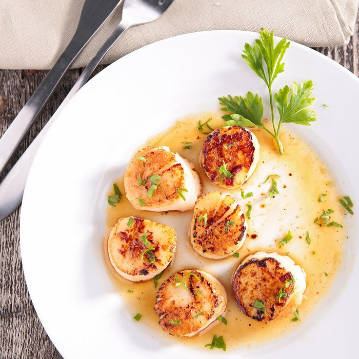 Sick of chicken breast on everything? Scallops are the lean protein you need to add to your diet.
