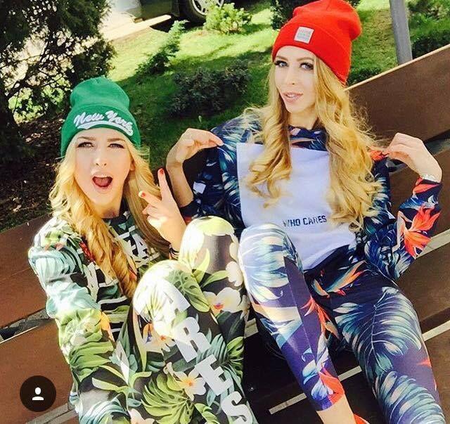 Siostry ADiHD w naszych kompletach. #whocares #whocaresclth #tropical #flower #adihd #streetwear #polskistreetwear