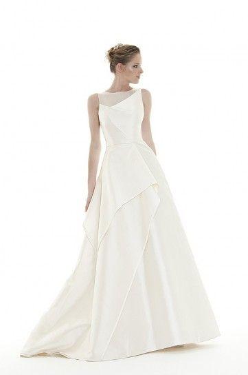 Vestito da sposa con drappeggi asimmetrici Peter Langner