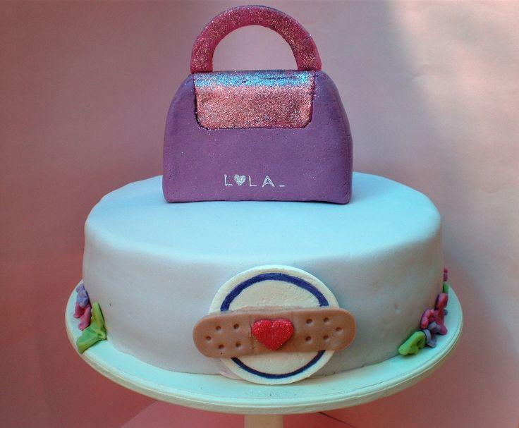 Tortas cakes by Dulcinea de la fuente www.facebook.com/dulcinea.delafuente  #fiesta #festejo #cumpleaños #mesadulce#fuentedechocolate #agasajo# #candybar  #tamatización #souvenir  #regalos personalizados #catering finger food