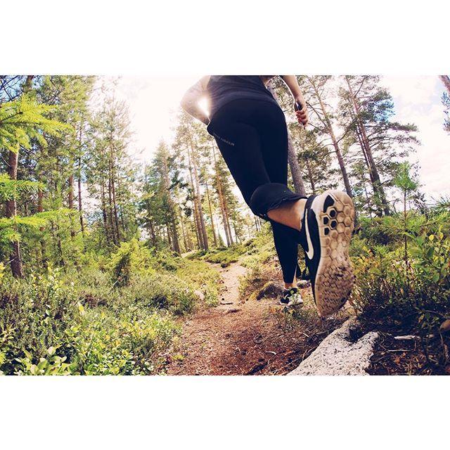3km terränglöpning - check! #såmärkligsöndagsaktivitetändå  #cfswe #crossfiteken #crossfitrunning #crossfit #nextlevelfitness #cfua #running #runner #nike #justdidit #mrr #teamtjockstarkontherun #offroadrunning #tällberg #dalarna #crosscountry